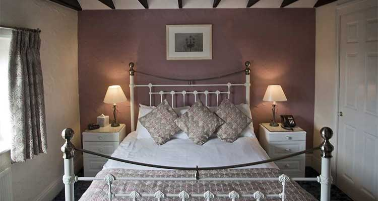 The Blue Boar rooms price check Best Prices and Availability