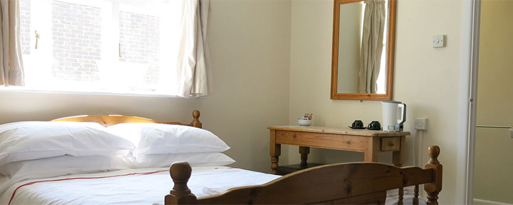 The Kings Arms Hotel rooms price check Best Prices and Availability